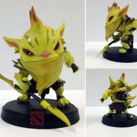 Bounty Hunter Golden Action Figure – Dota 2